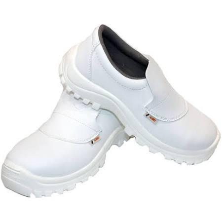 Cette image a un attribut alt vide; le nom du fichier est chaussures-de-sécurité-shl.jpg